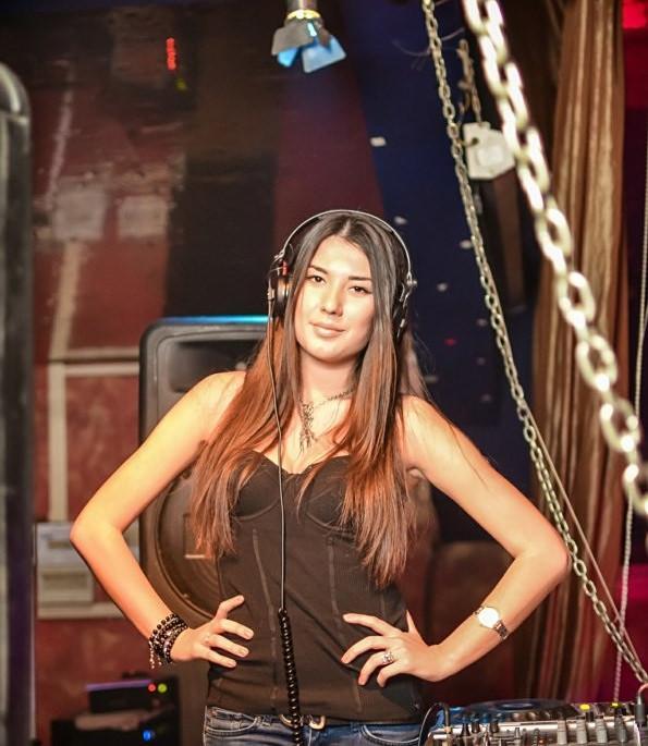 DJ SONYA BROOKE