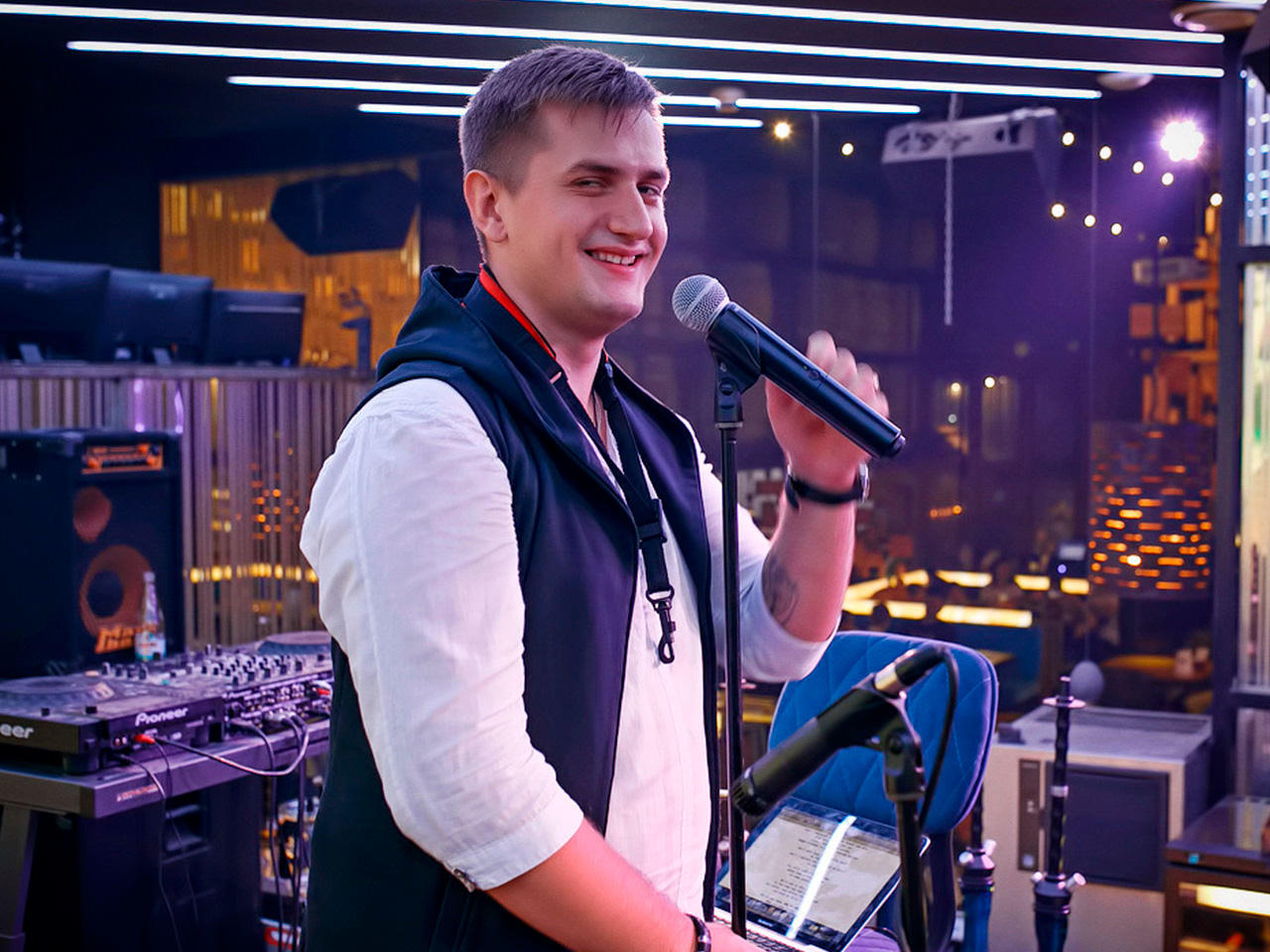 Леонид Шилин (vocal & sax)