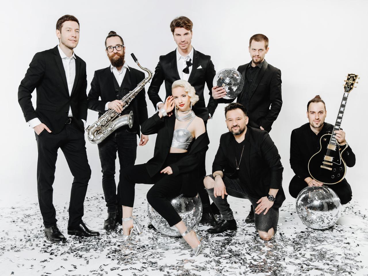 Vogue Band